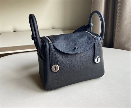 Picture of Littlebunnystore LD 26 cm togo genuine leather silver hardware in black